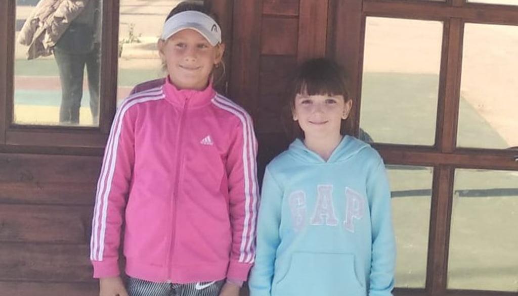 Dos jugadoras de la liga comarcal de Tenis