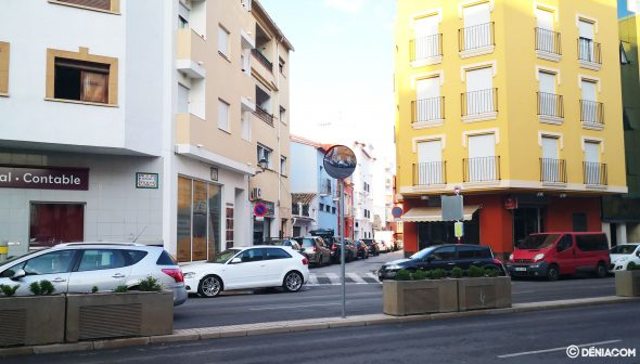 Image: Mirrors at the intersections of Avenida de Alicante thanks to Participatory Budgets
