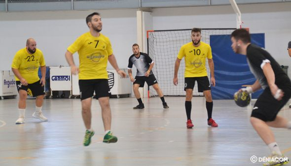 Imatge: Landete i Carpi en posicions defensives
