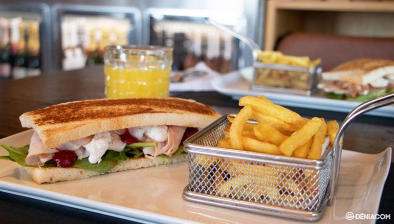Prueba los desayunos y los almuerzos en Pa Picar Algo