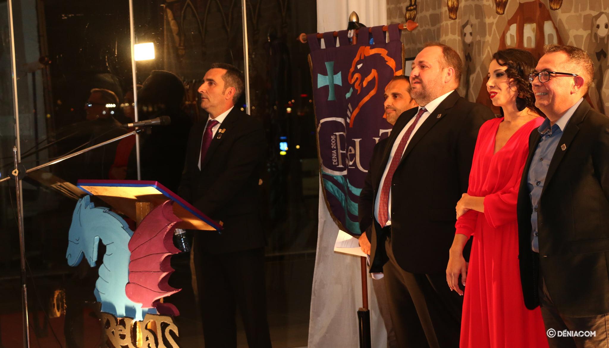 Representatives of the Filà Creuats