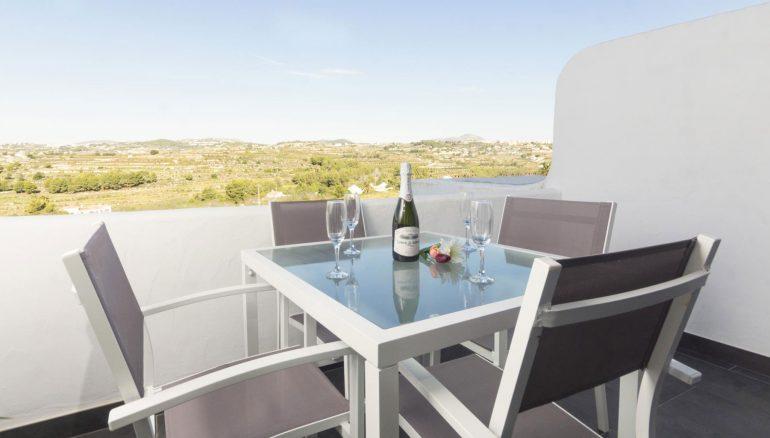Terrassa d'un apartament de vacances a Moraira - Aguila Rent a Vila