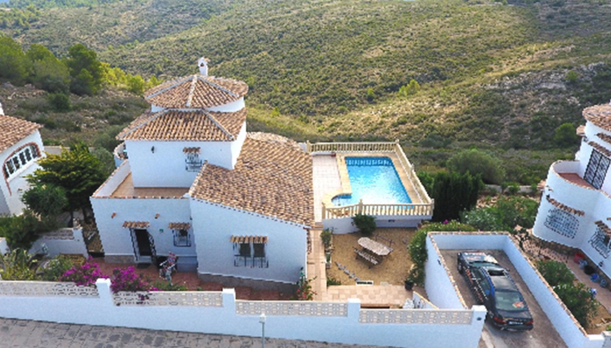 Vista dall'alto di una villa in vendita a Monte Pedreguer - Stella Inmo Consulting