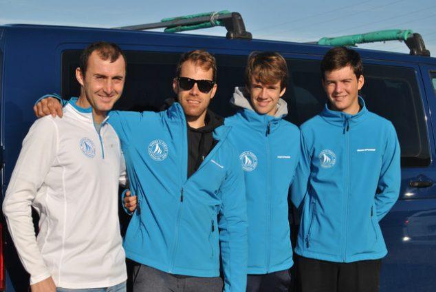 Imatge: Esportistes de Marina El Portet amb Manu Sanz