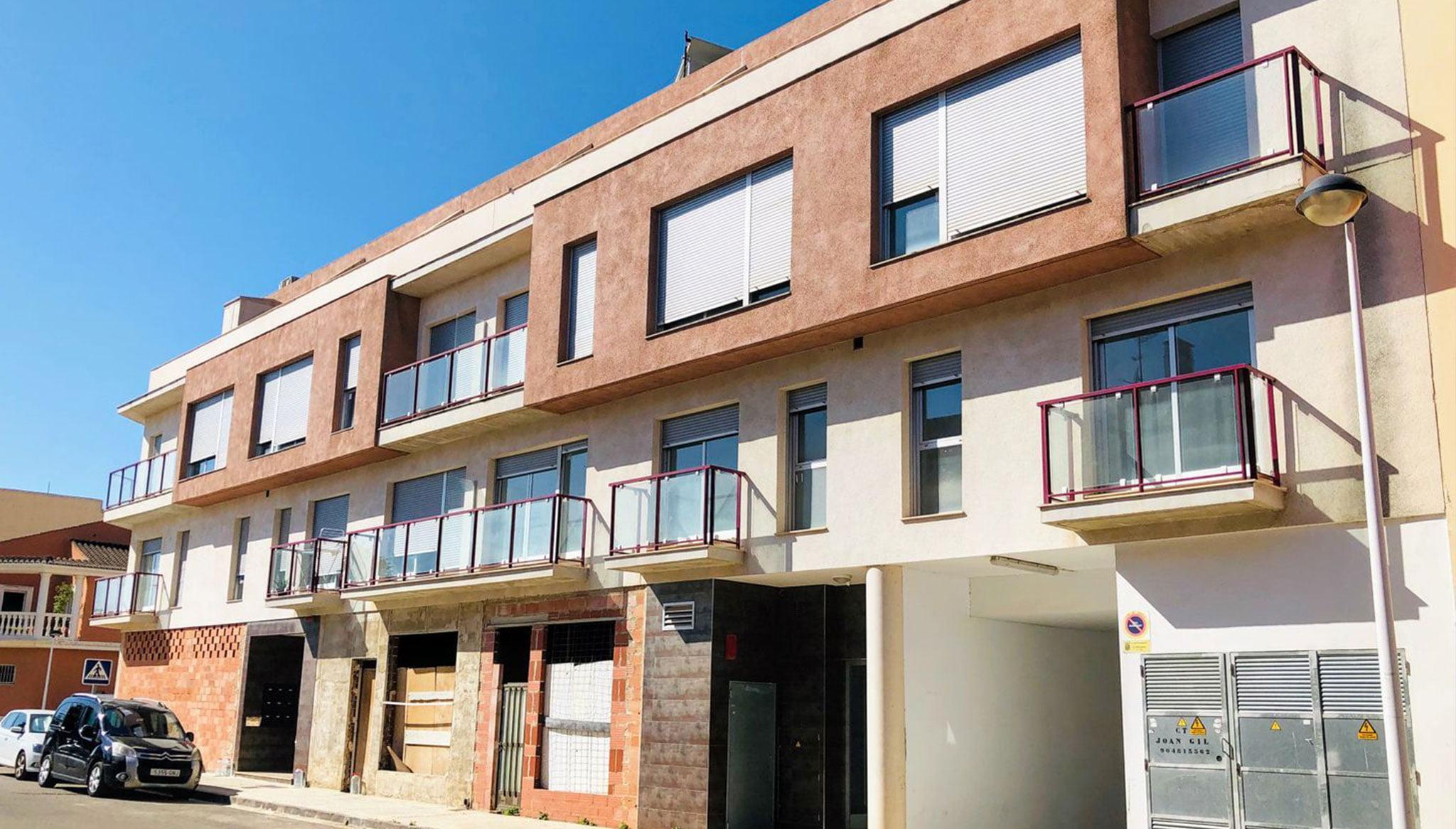 Façana de pis de venda a Ondara amb un dormitori - Mare Nostrum Immobiliària