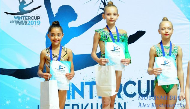 Immagine: Podium Nicol Bisbal del Dénia Rhythmic Gymnastics Club