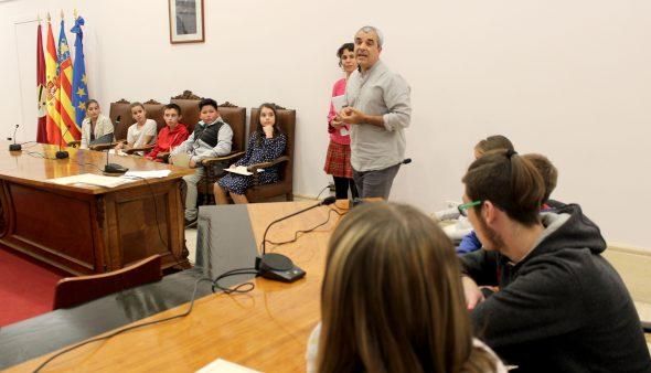 Imagen: Primer Consell Local de la Infancia y la Adolescencia