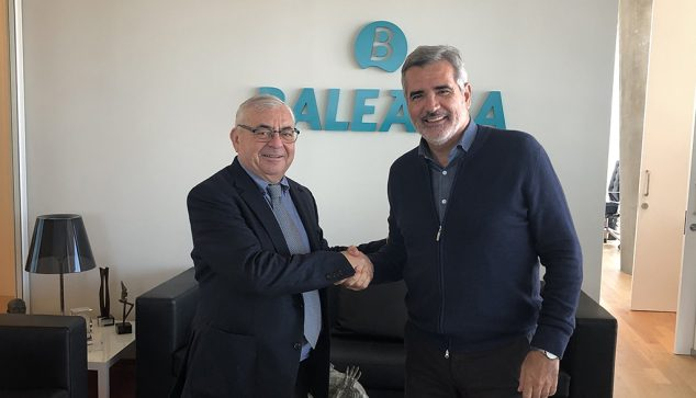 Imagen: Adolfo Utor junto a Jose María Cataluña