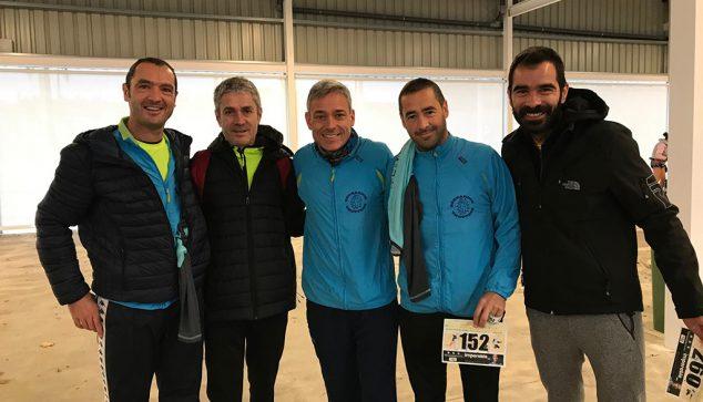 Imatge: Atletes de l'Dénia Corre a la Mitja de Santa Pola
