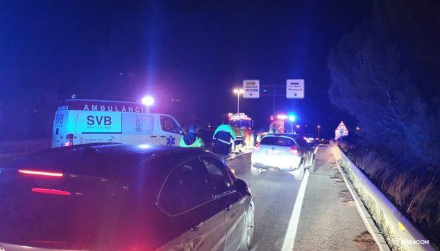 Imagen: Bomberos y ambulancia en el lugar de los hechos