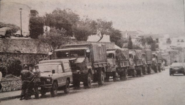 Image: Army trucks parked at Ronda de las Murallas in 1996 (Photo: Canfali Marina Alta)