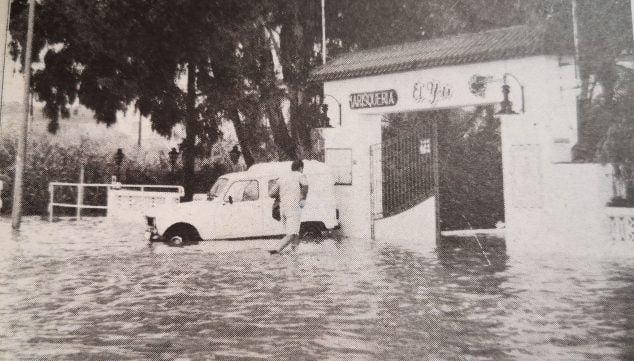 Imagen: Inundaciones de 1996 en Les Marines (Foto: Canfali Marina Alta)