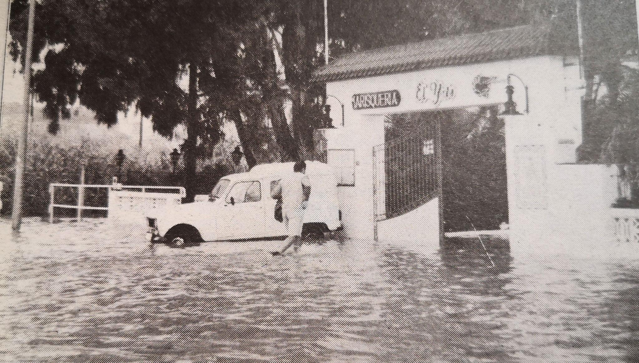 Inundacions de 1996 a Les Marines (Foto: Canfali Marina Alta)