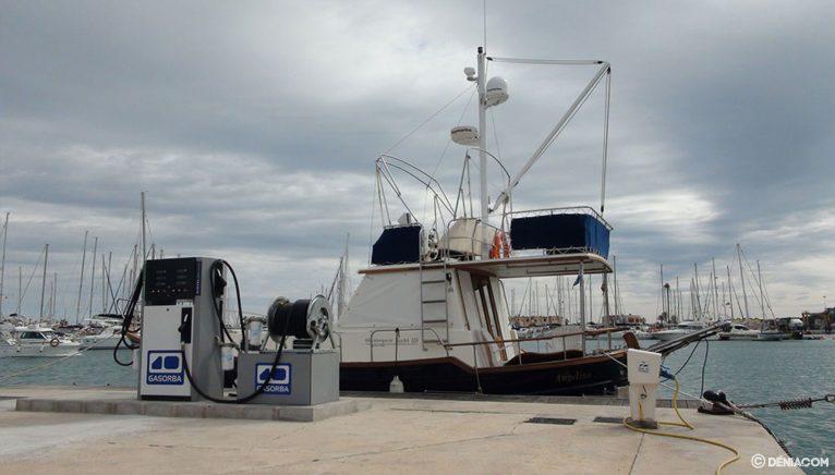 Estació de servei de Gasorba instal·lada al Reial Club Nàutic de Dénia
