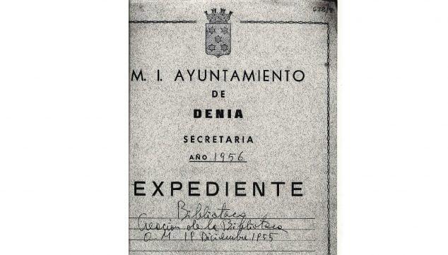 Imagen: Expediente del M.I. Ayuntamiento de Dénia referente a la creación de la biblioteca (Fuente: Arxiu Municipal)