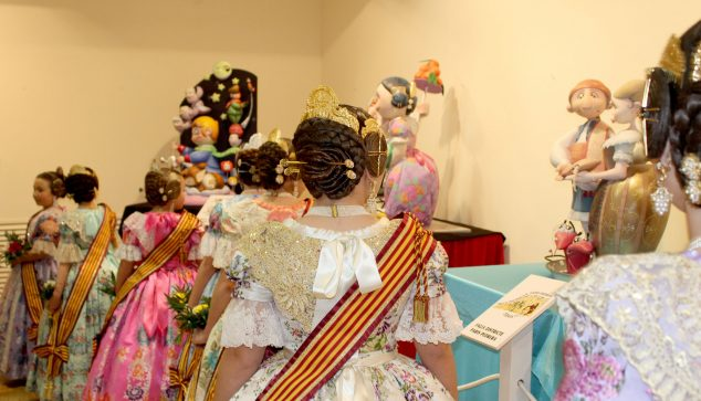 Afbeelding: Ninot Exhibition