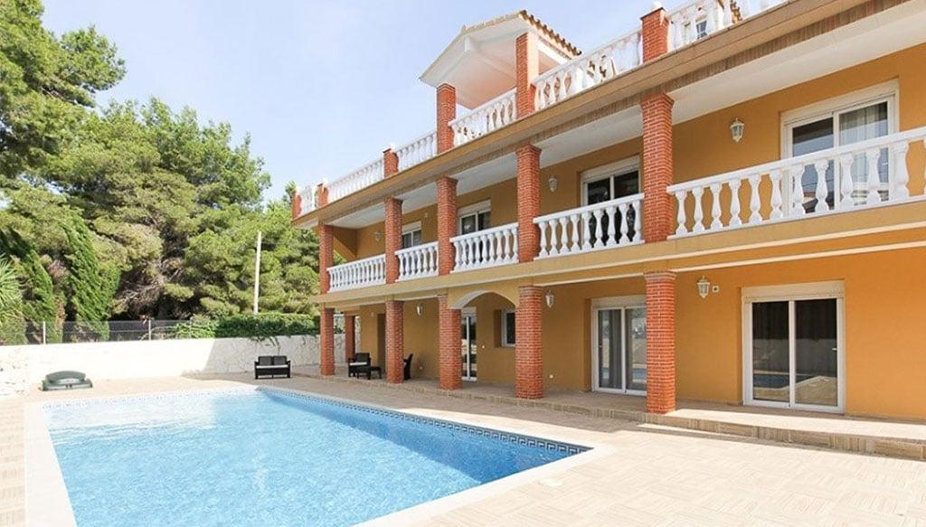 Une villa de luxe à vendre avec tout le confort - MLS Dénia Inmobiliarias