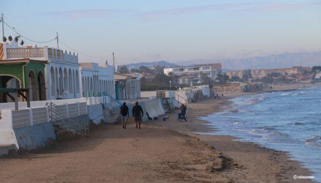 Image: Les Deveses avec plage