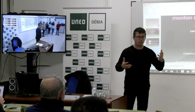 Imagen: Lluís Bonet en la UNED Dénia
