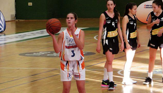 Imatge: Martina Gil en un partit amb la selecció valenciana