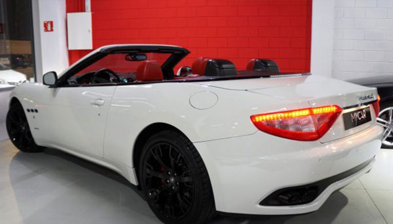 MASERATI GranCabrio V8 4.7 Aut. Convertible or convertible second hand, side view - MY CAR Select Autos