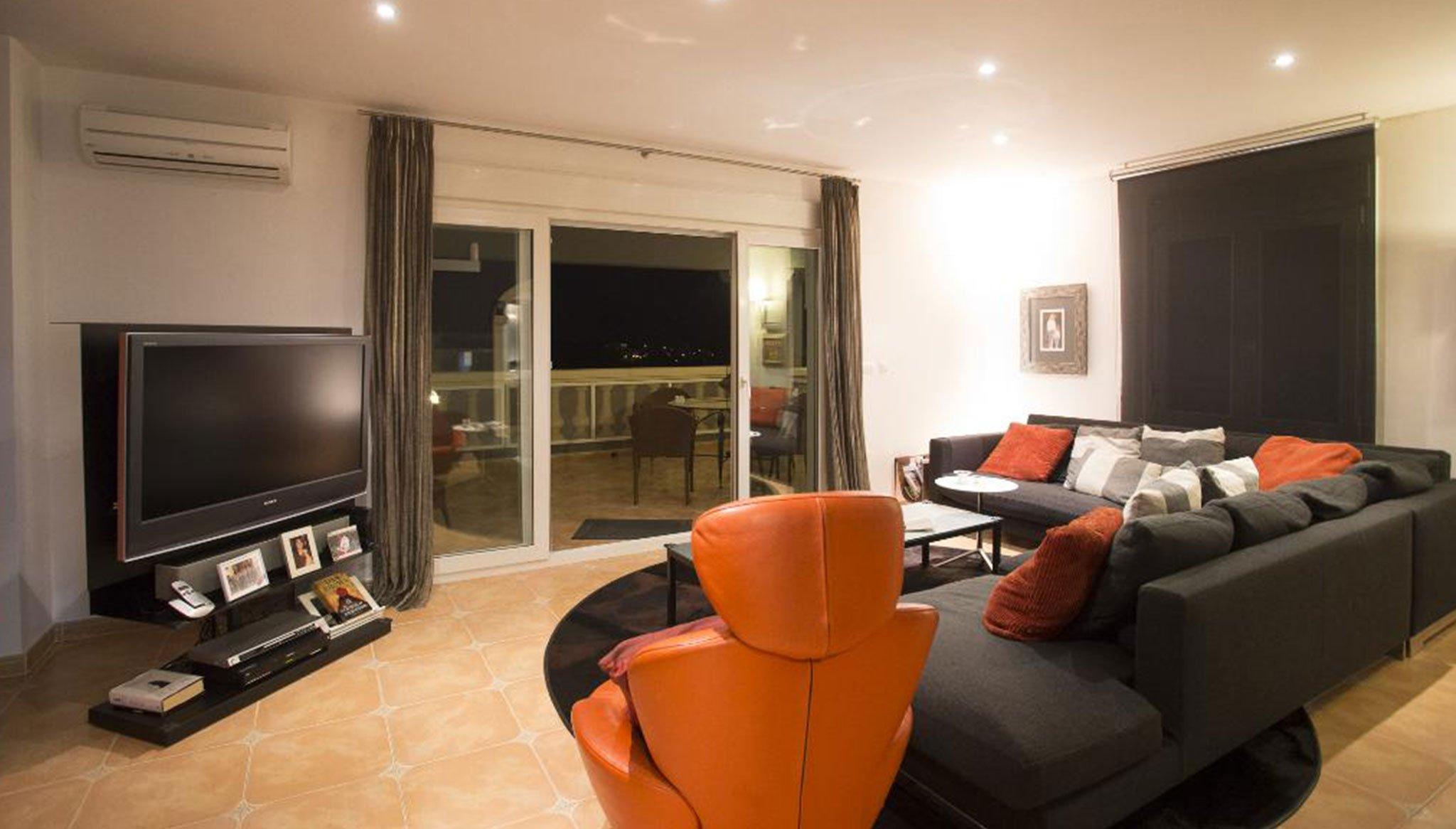 Гостиная в особом доме для отдыха - Quality Rent a Villa