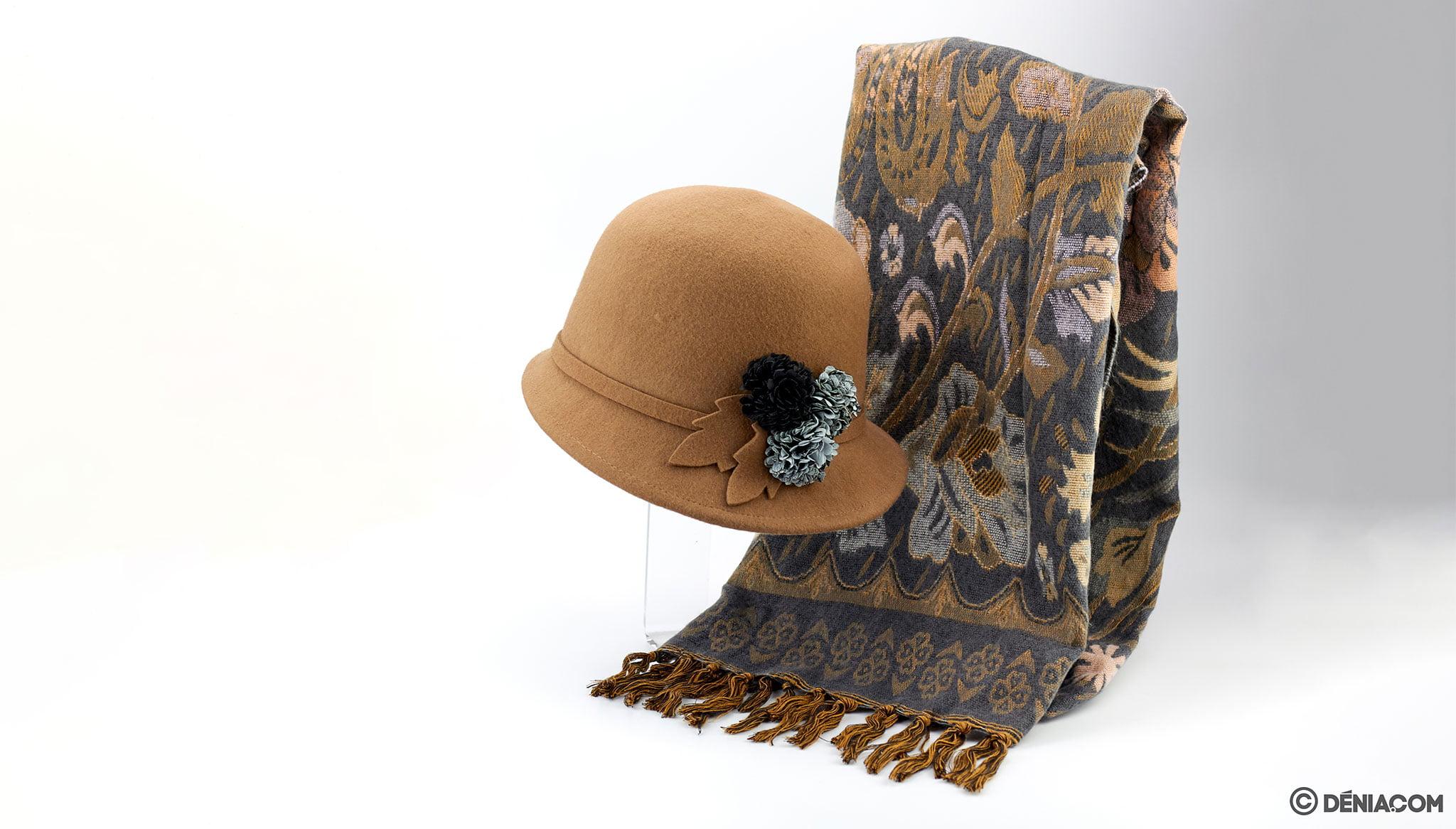 Sombrero y bufanda – Calzados Ramón Marsal