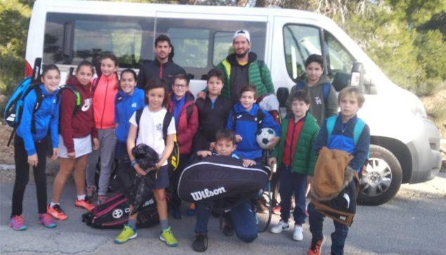 Imagen: Tenistas del CT Dénia en Benidorm