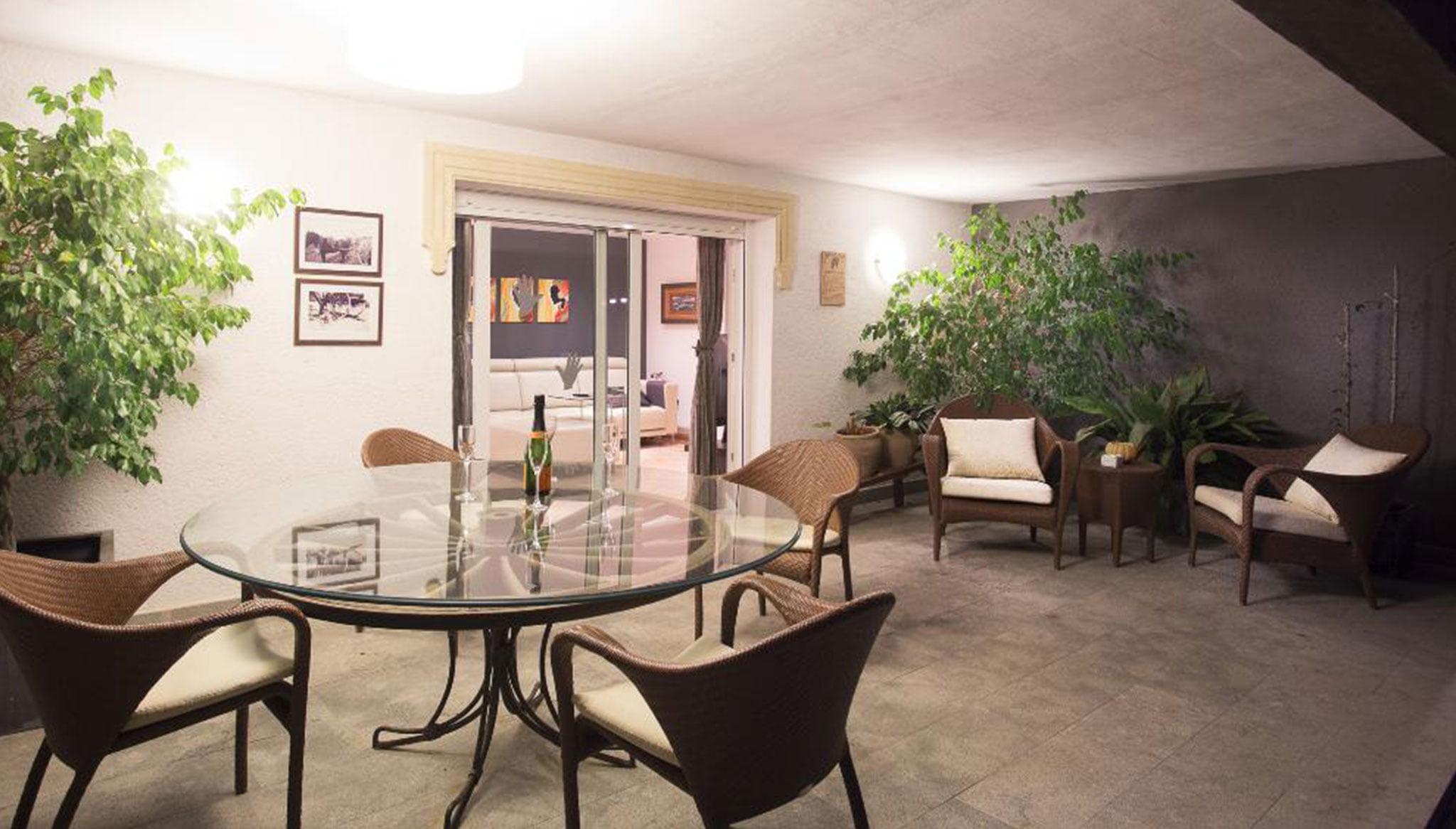 Крытая терраса в роскошной вилле в Дения - Quality Rent a Villa