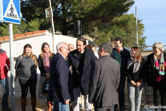 Imagen: Vicent Grimalt recibe a Pablo Iglesias