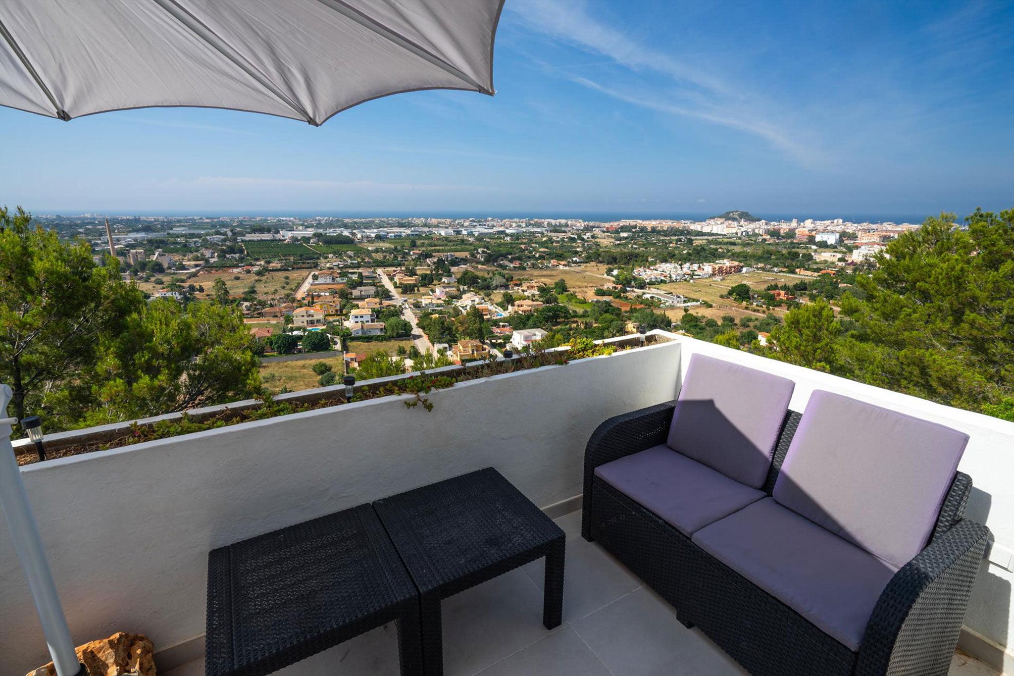 Виды с одной из террас квартиры в Дении - Aguila Rent a Villa