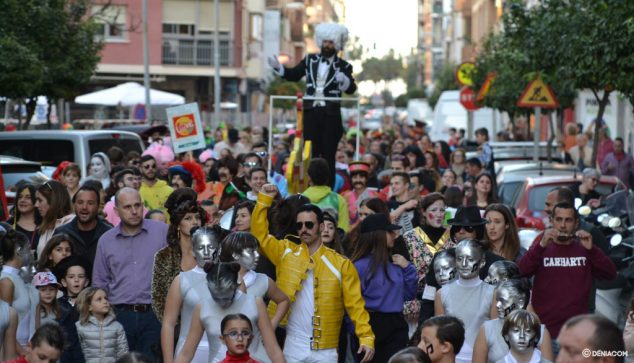 Изображение: карнавалы Дения