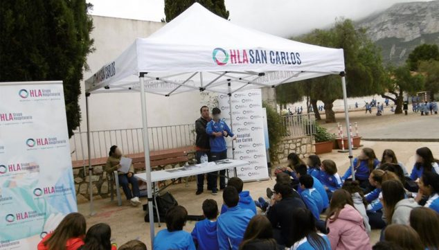 Image: First aid talk given by HLA San Carlos at the Carmelitas School in Dénia
