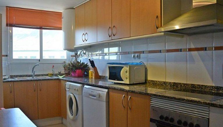 Оборудованная кухня в квартире на продажу в Дения - Еврохолдинг