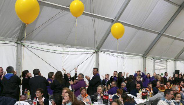 Imatge: La Campaments celebrant un premi