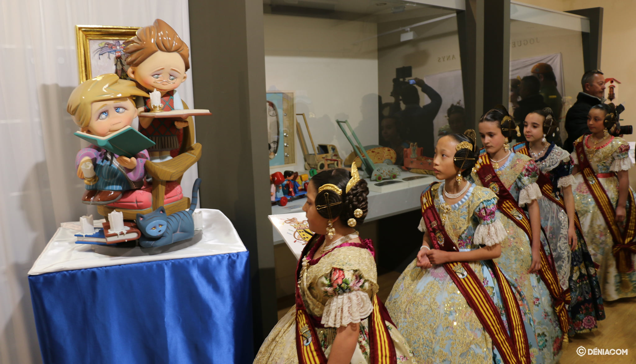 The children's honor court visits the Ninot 2020 Exhibition