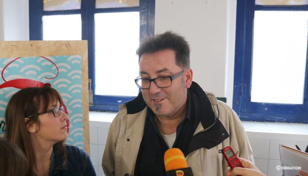 Image: Miquel Ruiz during the presentation of Lovers of the prawn