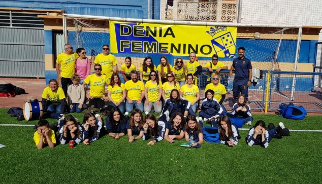 Image: Template and followers of FB Dénia Femenino