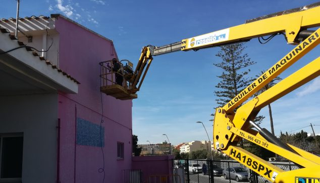 Image: Preparations for working the new murals
