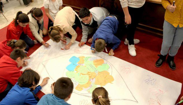 Image: Présentation du Conseil de l'enfance et de l'adolescence