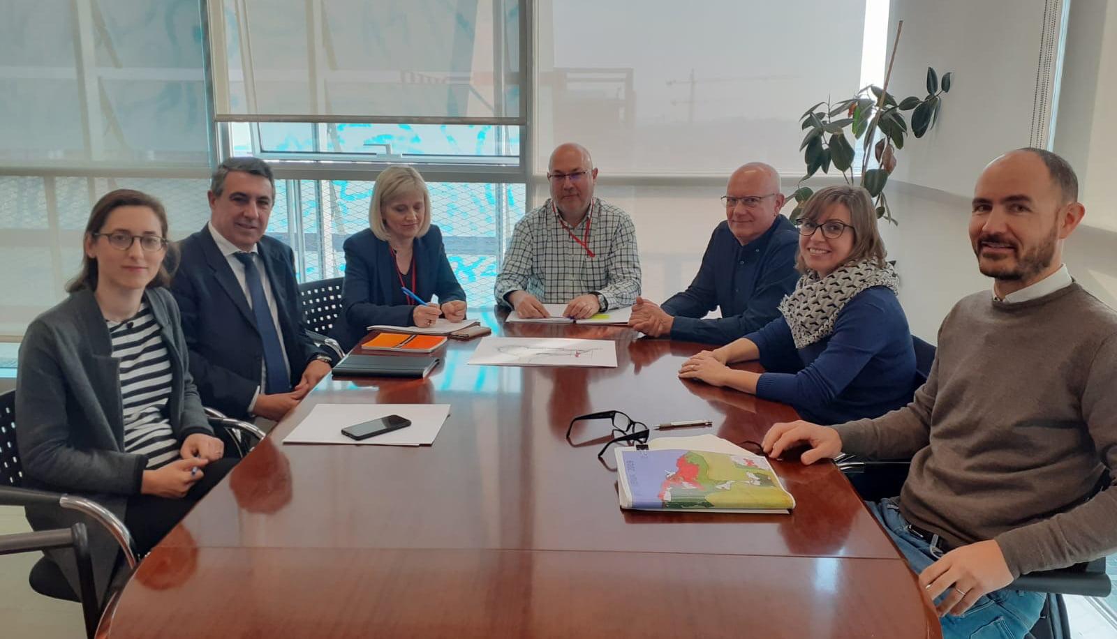 Reunión entre Ayuntamiento, Puertos y conselleria