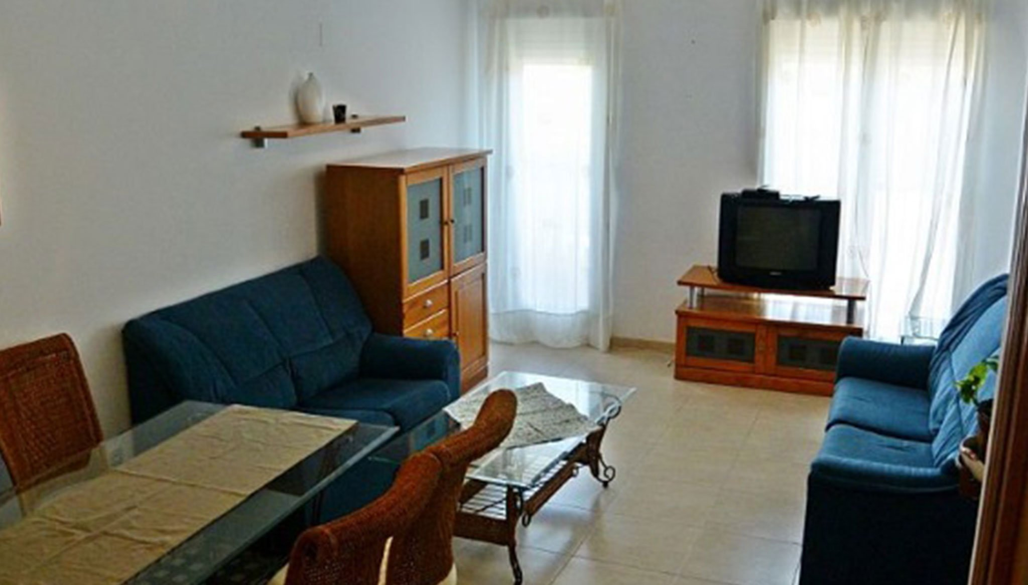 Меблированная гостиная в квартире на продажу в Дения - Еврохолдинг