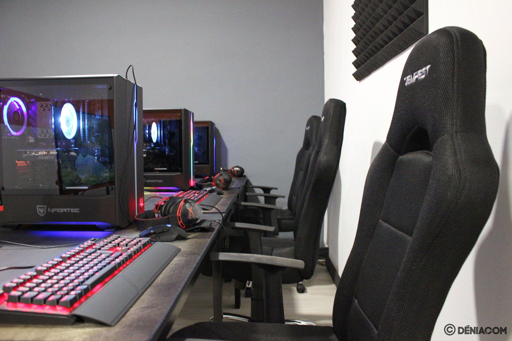 Jugar al ordenador en Dénia – Game Station