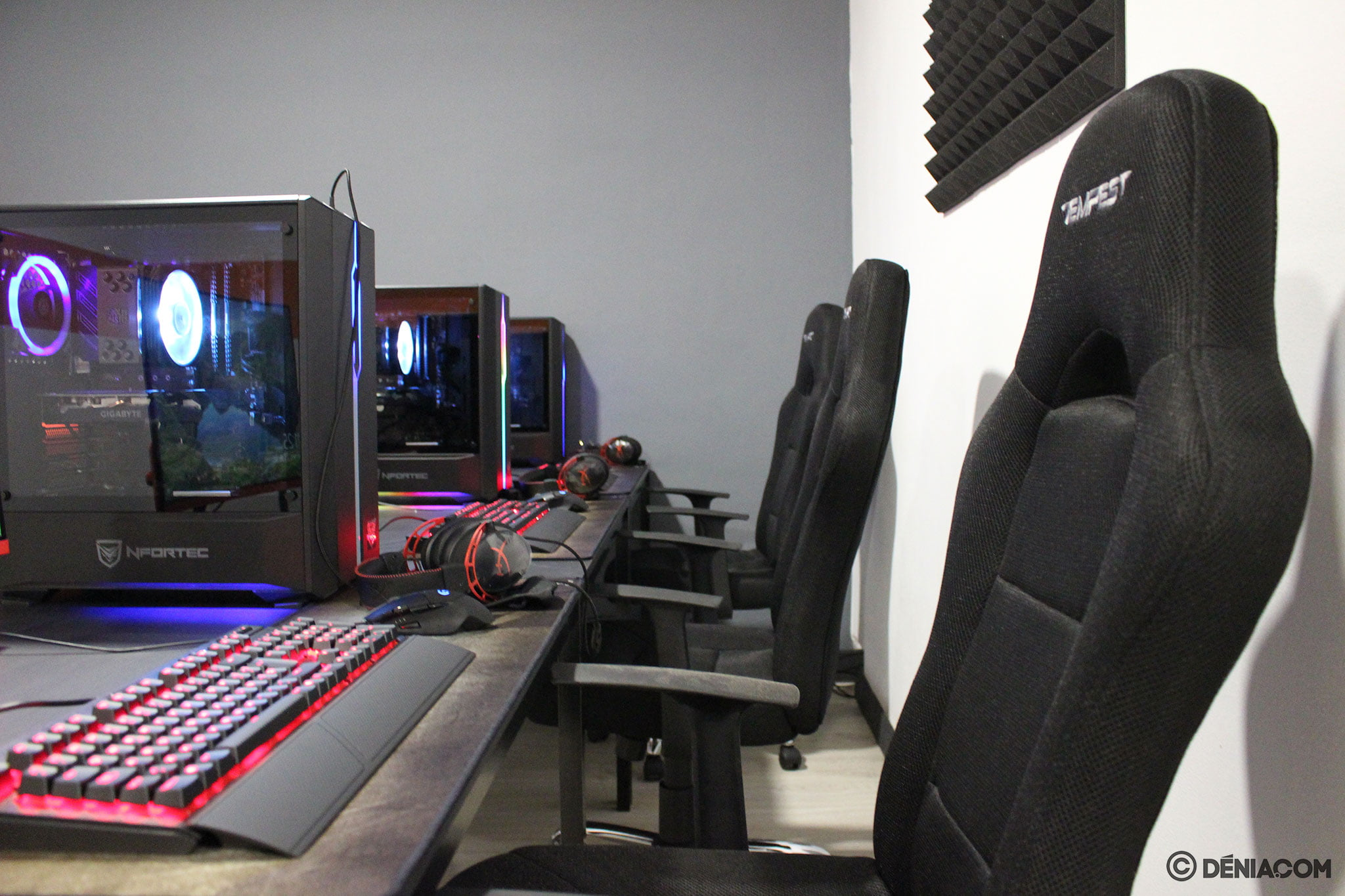 Zona para jugar en equipo – Game Station