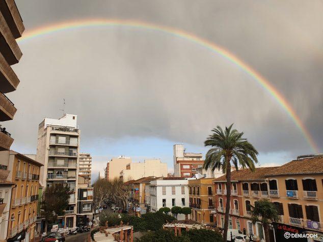 Imagen: Arcoíris sobre Dénia
