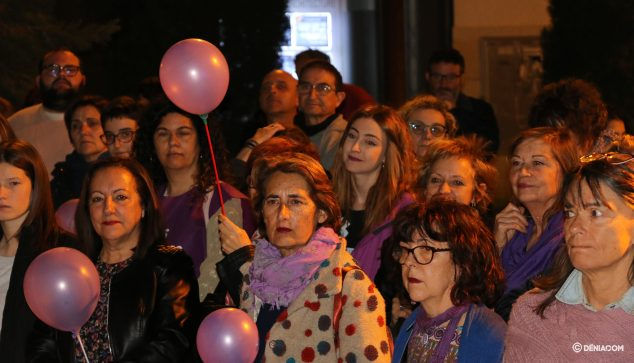 Image: Attendees at the Women's Day demonstration