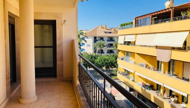 Image: One-story balcony for sale in the urban area of ​​Moraira with two rooms - Mare Nostrum Inmobiliaria