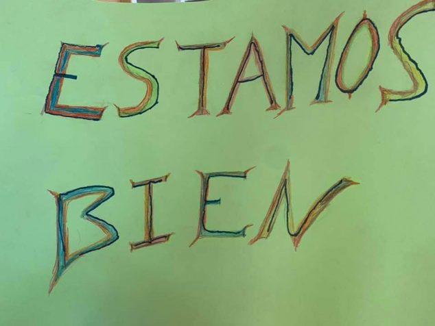 Imagen: Cartel con un mensaje tranquilizador para los familiares, en el perfil de Facebook de la Residencia de ancianos Santa Llúcia