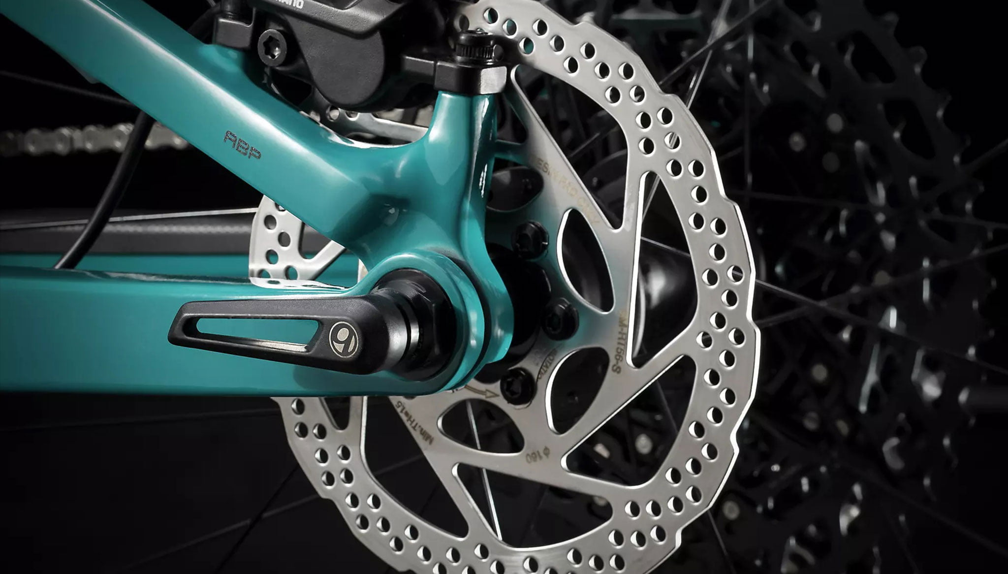 Detail of the Top Fuel 9.7 carbon bike - Extrem Cicles