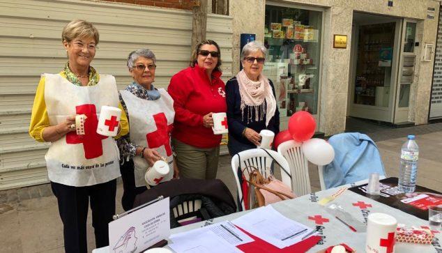 Bild: Tag der Flagge des Roten Kreuzes